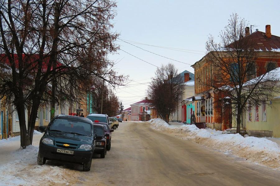 Улица Мира в Ельце в канун Рождества