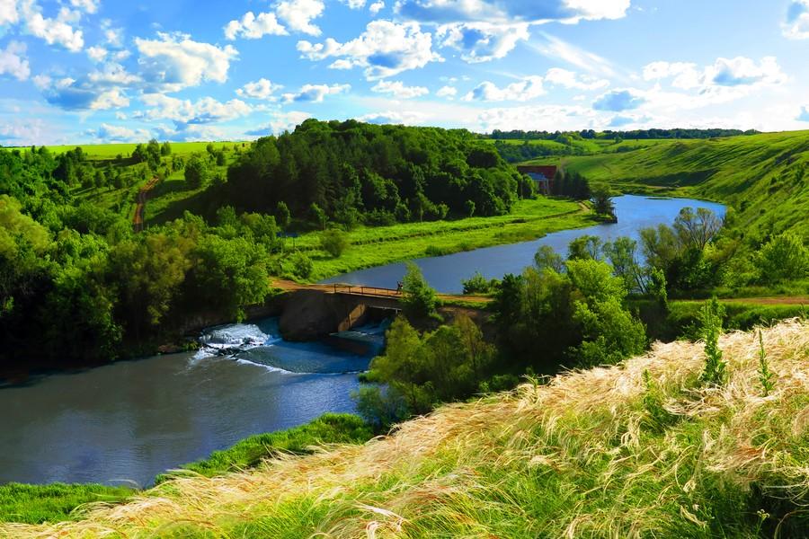Вид на долину реки Воргол